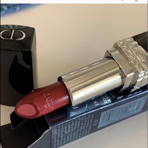 Dior lipstick in #992 Poison purple